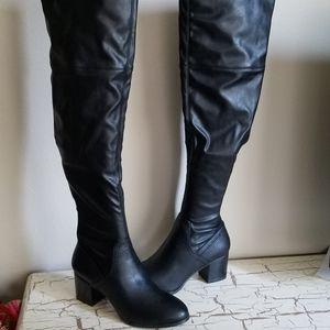 NEW Aldo 8.5 Abiwia Over-the-knee Black Boots